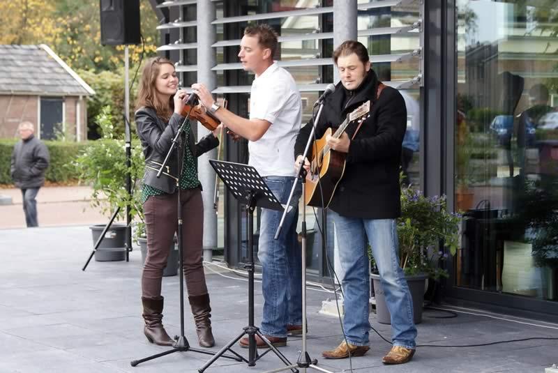 Foto's opening Dorpsplein en Multifunctioneel Centrum deel II