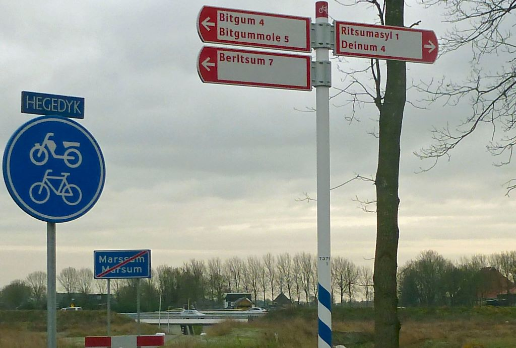 Verbazing over verkeersbord en richtingsaanwijzer (met foto's)