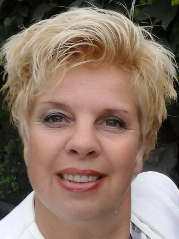 Nieuwe Marsumer om Utens: een Zeeuws/Fries meisje…