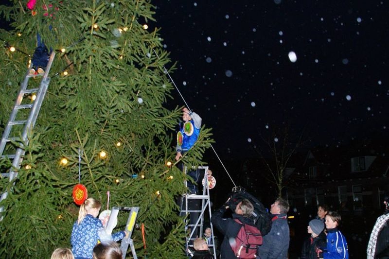 Glühwein en chocolademelk onder de kerstboom