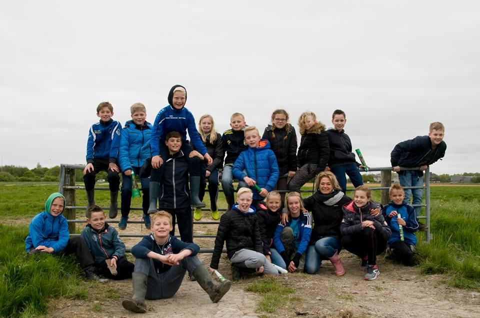Dauwtrappen met groep 7 en 8 O.B.S de Pôlle en Vogelwacht Marssum e.o.