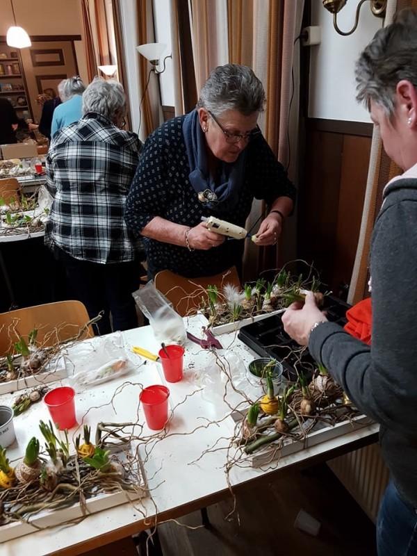 Floralia jaarvergadering en paasworkshop