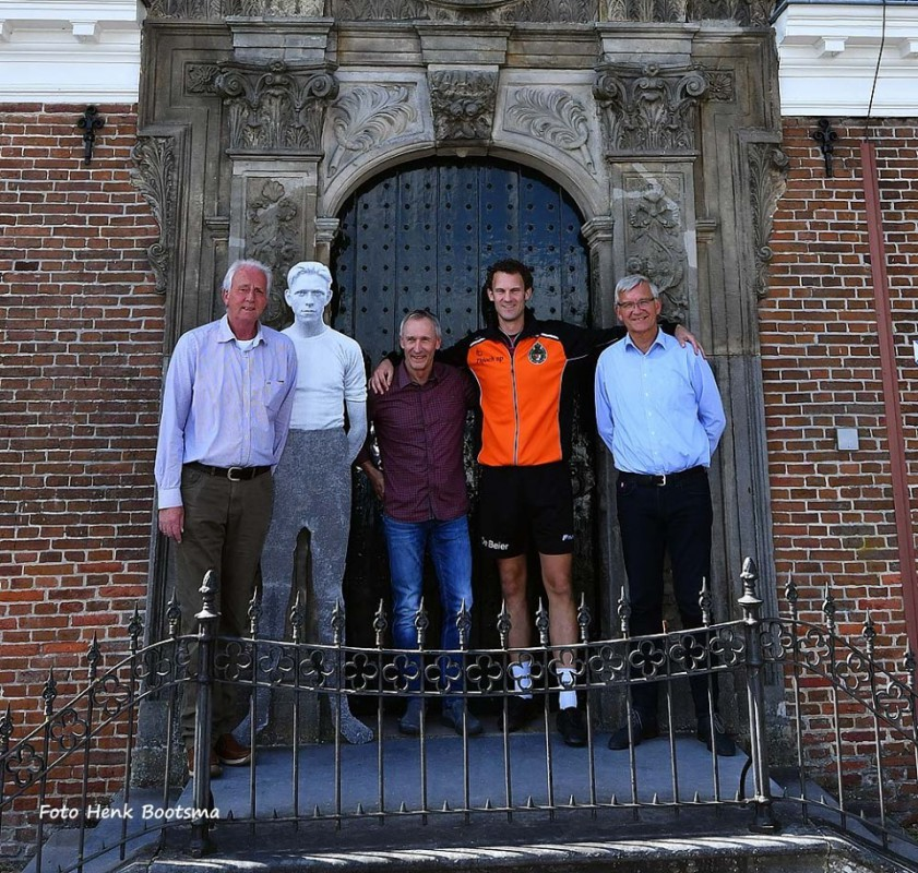 Sponsors KV Foarut bijeen voor top 5 kaatsklassement