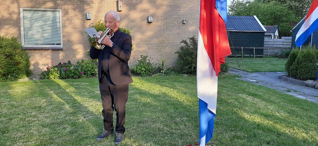 Ingetogen dodenherdenking in Marsum (update)