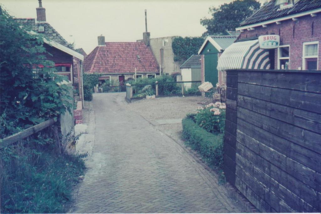Foto steeg Binnenbuorren