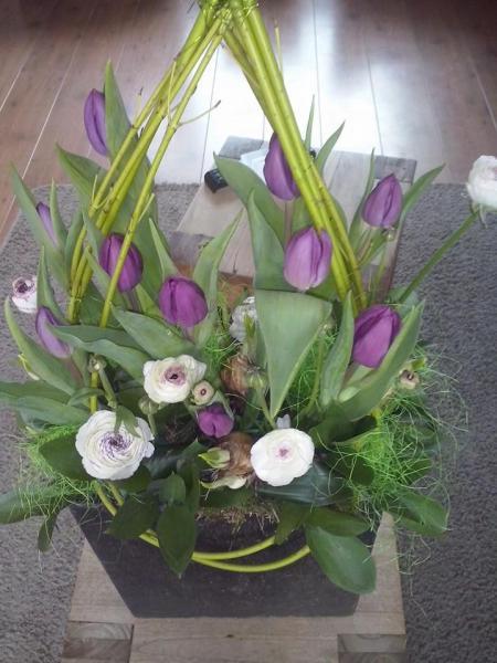 Ledenvergadering en Paasworkshop Floralia in het dorpshuis.
